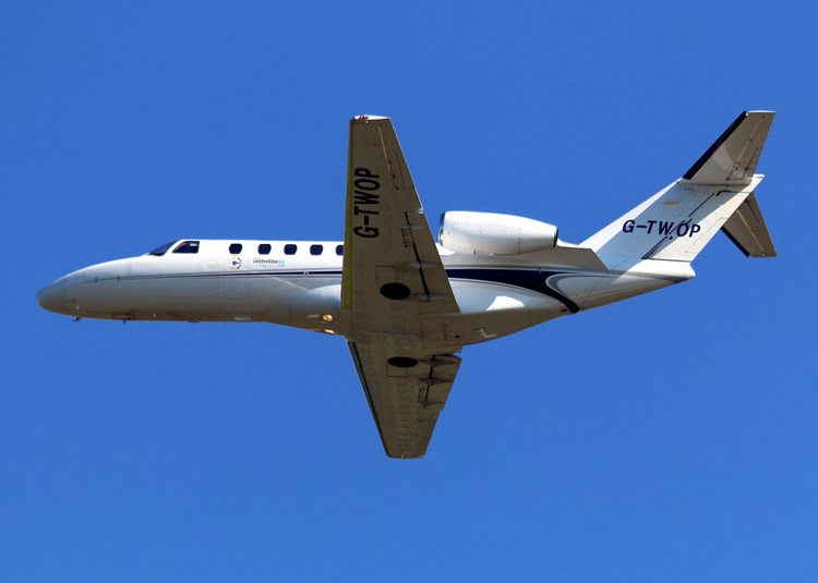 Image of G-TWOP exterior